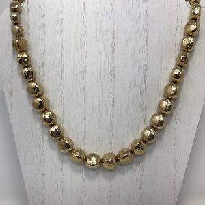 Gold hammered bead necklace vintage
